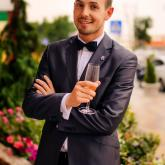 Ведущий Георгий Сунцов